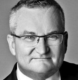 Werner Fees 博士